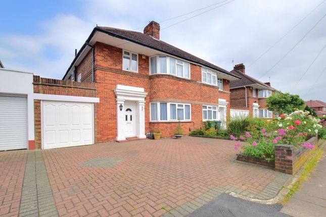 Thumbnail Semi-detached house to rent in Howberry Road, Edgware
