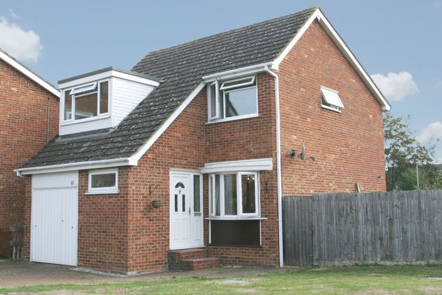 Thumbnail Property for sale in Cromwell Avenue, Thame