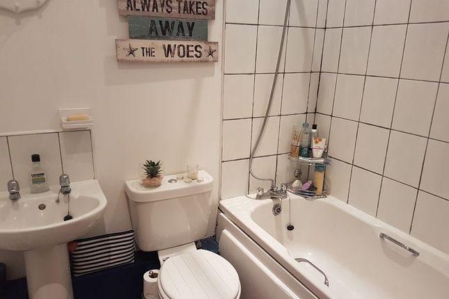 Bathroom of Sunningdale, Grantham NG31