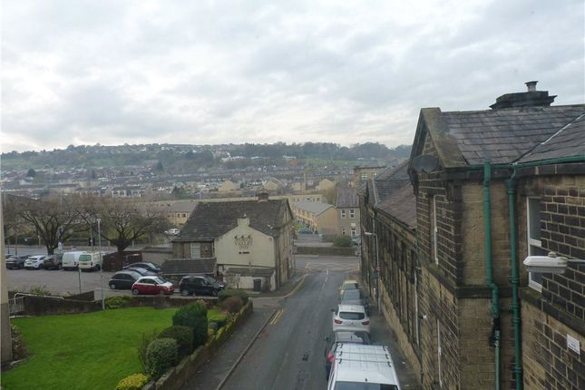 Picture No. 14 of Wood View Terrace, Keighley, West Yorkshire BD21
