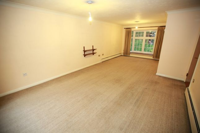 4 bed town house to rent in Westbury Lodge, Pinner