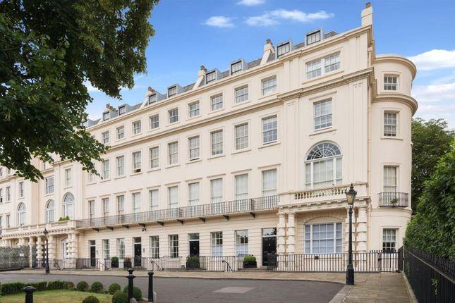 Thumbnail Flat to rent in Cambridge Terrace, Regents Park