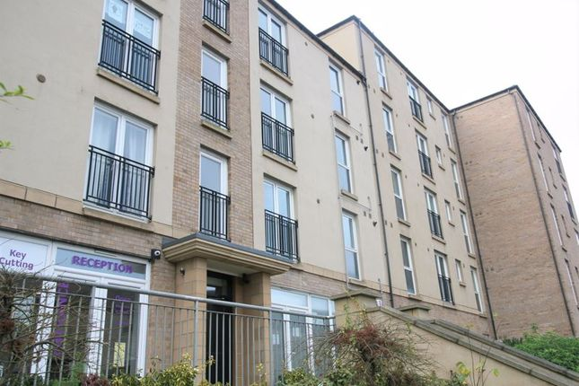 2 bed flat to rent in Flaxmill Place, Edinburgh EH6