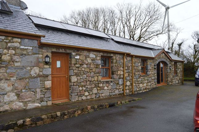 Thumbnail Bungalow to rent in Ludchurch, Narberth