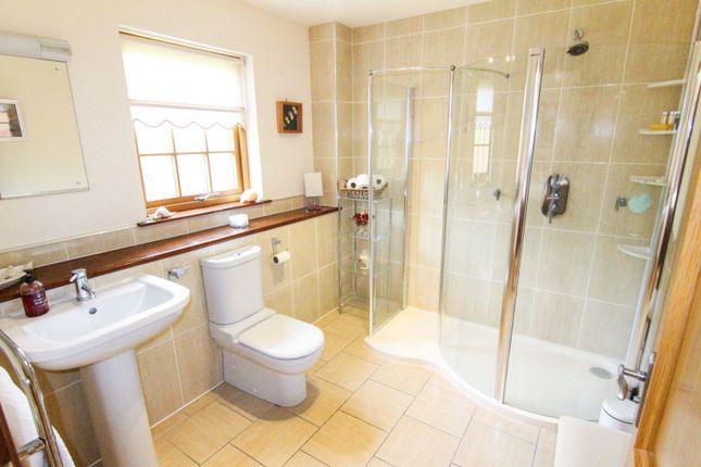 Bathroom of Mansefield Park, Inverness IV5