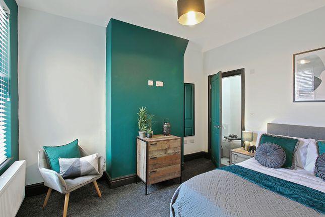 Thumbnail Shared accommodation to rent in Fieldside Road, Rock Ferry, Birkenhead