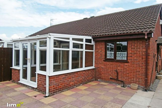 Thumbnail Semi-detached bungalow to rent in Willerby Carr Close, Moorhouse Road, Hull, East Yorkshire