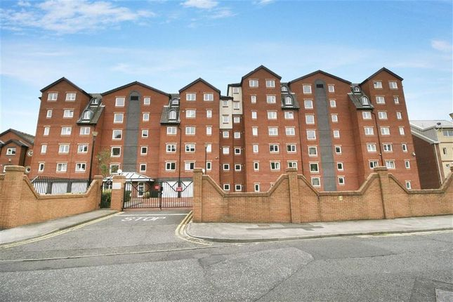 Thumbnail Flat for sale in Dolphin Quays, North Shields, Tyne And Wear