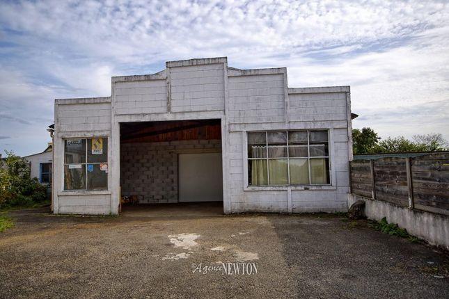 Baud 56150 france 3 bedroom town house for sale for Garage peugeot saint just