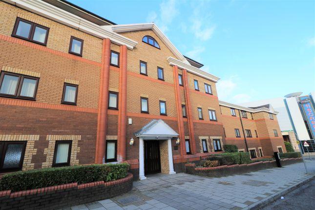Thumbnail Flat to rent in Collingdon Court, Luton