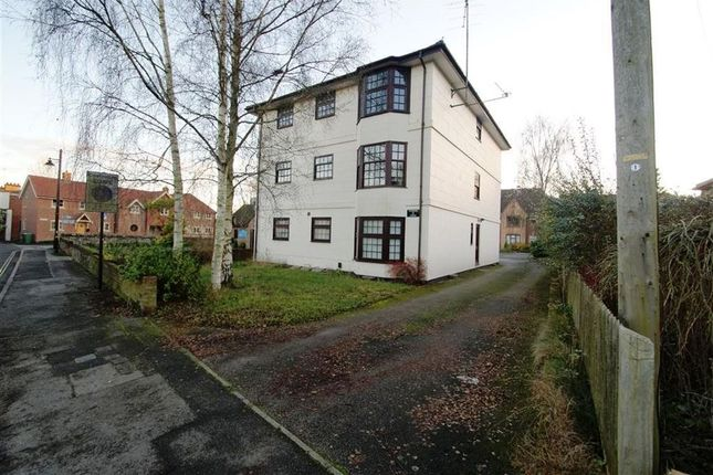 Thumbnail Flat to rent in Bell Street, Whitchurch