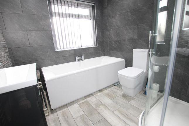 Bathroom of Woodside Drive, Cottingley, Bingley BD16