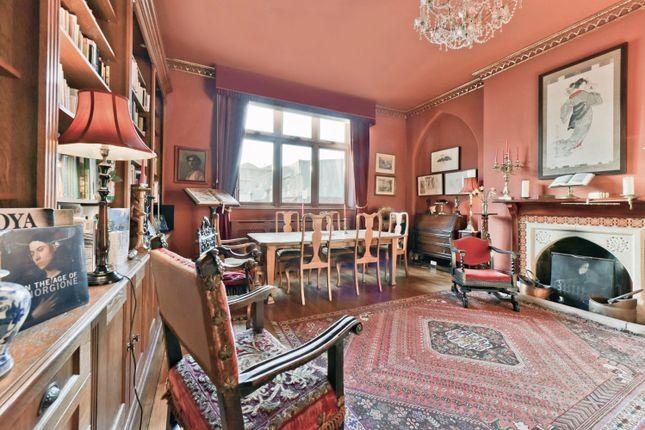 Thumbnail Property for sale in Yorkton Street, London