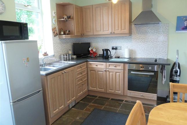 Kitchen Diner of Radcliffe Road, Wellhouse, Huddersfield HD7
