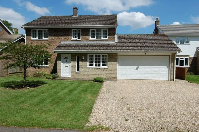 Thumbnail Detached house for sale in Greystones Court, Kidlington