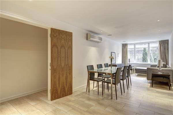 Flat to rent in Imperial House, Young Street, London
