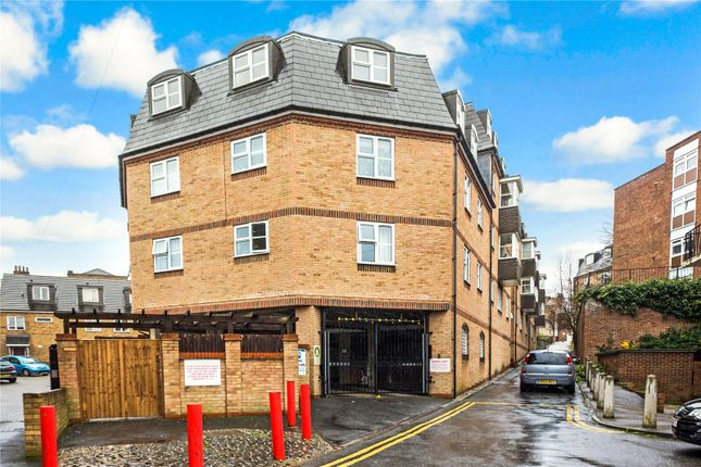 Thumbnail Flat for sale in Darwin Court, Gravel Walk, Rochester, Kent