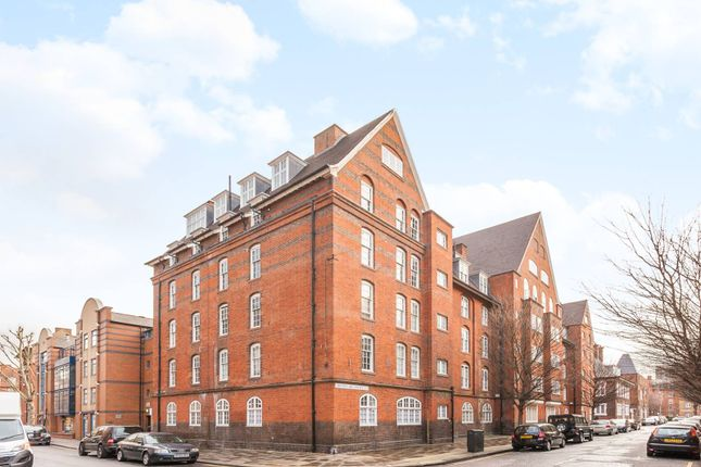 Thumbnail Flat for sale in Montclare Street, Shoreditch, London