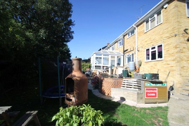 Picture No. 28 of Linwood Avenue, Strood, Kent ME2