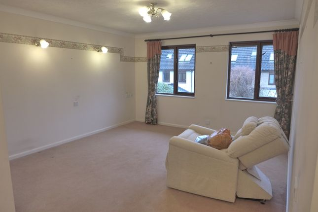 Thumbnail Property for sale in Sherwood Close, Bassett, Southampton
