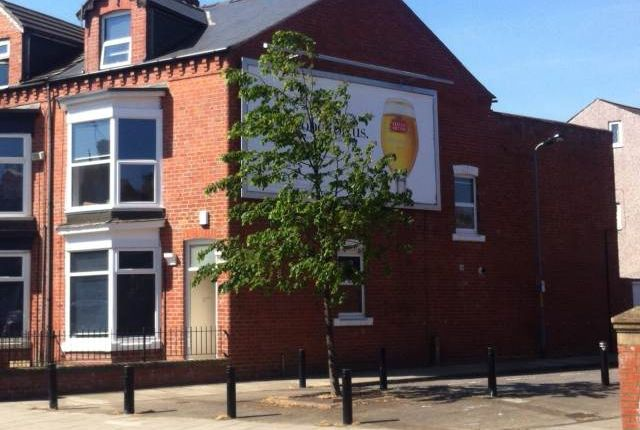 Room to rent in Marton Road, Middlesbrough TS1