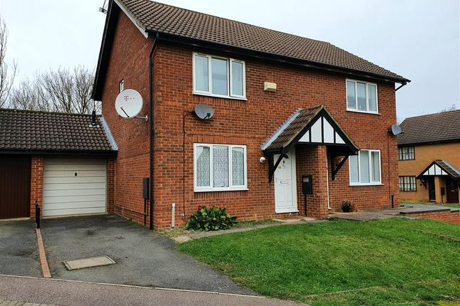 3 bed semi-detached house for sale in Chatsworth Drive, Wellingborough NN8