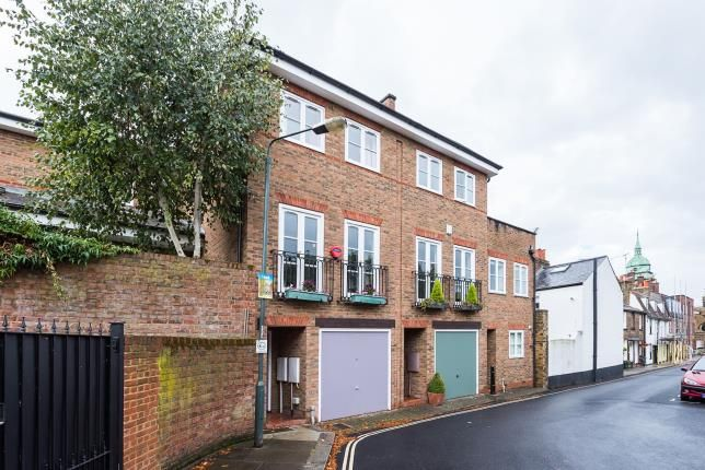 Thumbnail Terraced house for sale in Richmond, Surrey, .