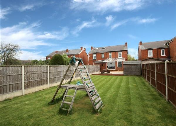 Thumbnail Semi-detached house for sale in Mount Avenue, Hemsworth, Pontefract
