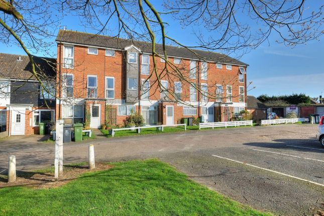Thumbnail Flat for sale in Marlborough Green Crescent, Martham