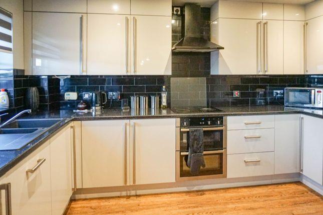 5 bed town house for sale in Goldstraw Lane, Fernwood, Newark NG24
