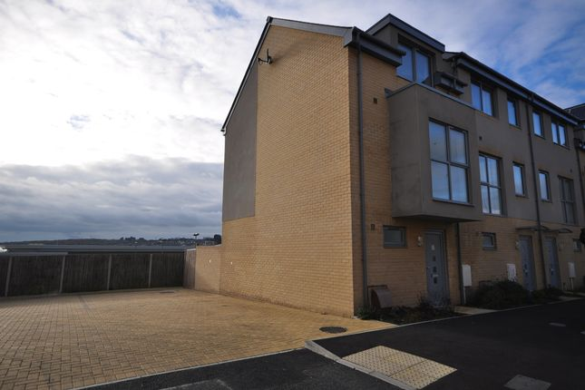 Thumbnail End terrace house to rent in Church Path, East Cowes