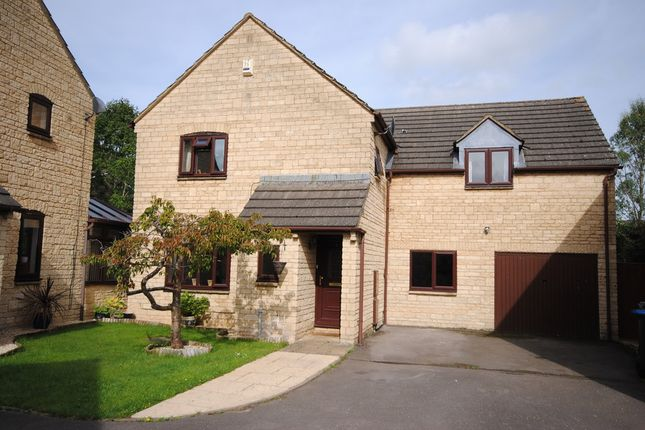 Thumbnail Detached house for sale in Lime Tree Close, Carterton