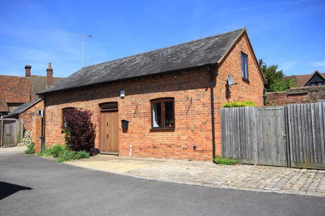 Thumbnail Barn conversion to rent in Town Farm Barns, Princes Risborough