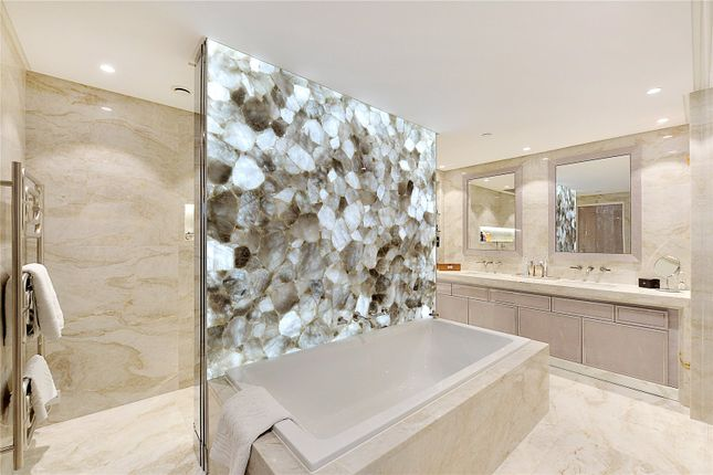 Thumbnail Flat for sale in Pearson Square, Fitzroy Place, London