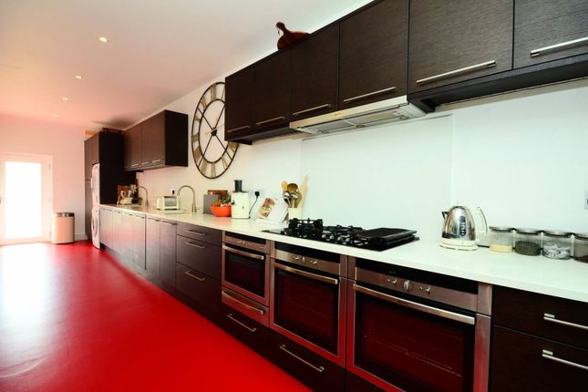 Thumbnail Property to rent in Upper Richmond Road West, Richmond