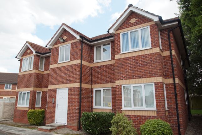 Thumbnail Flat for sale in Dinas Court, Huyton