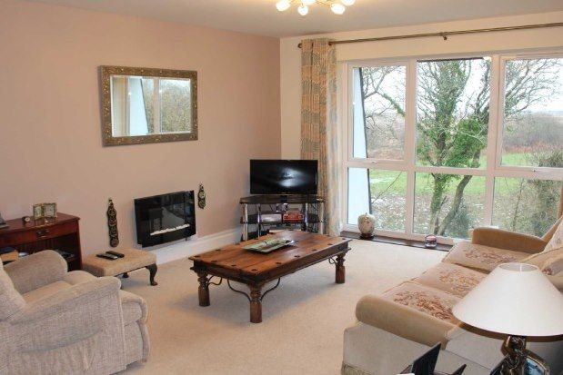 Thumbnail Flat to rent in Clyne Common, Swansea