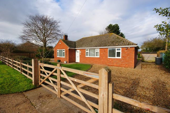 Thumbnail Detached bungalow to rent in Sky Lane, Haddington, Lincoln