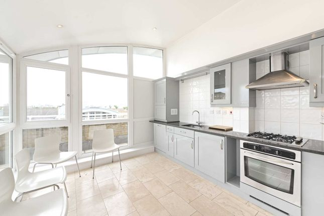 Thumbnail Penthouse to rent in Cedar House, Woodland Crescent, Surrey Quays