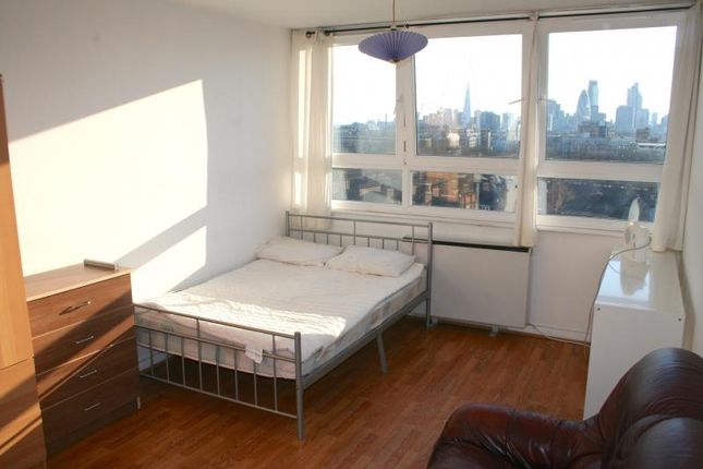 Thumbnail Room to rent in R3, Flat 33, 50 Roman Road, London