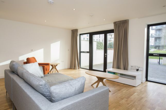 Thumbnail Town house to rent in Mirabelle Gardens, London