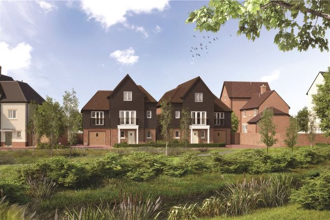 Thumbnail Detached house for sale in Woodhurst Park, Warfield, Berkshire