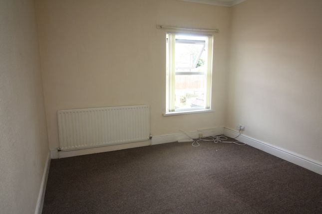 Thumbnail Property to rent in Charter Avenue, Coventry