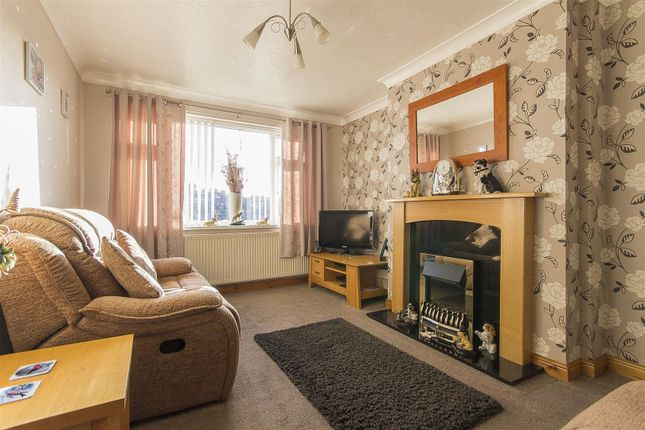 Thumbnail Semi-detached bungalow for sale in Lindale Road, Chesterfield