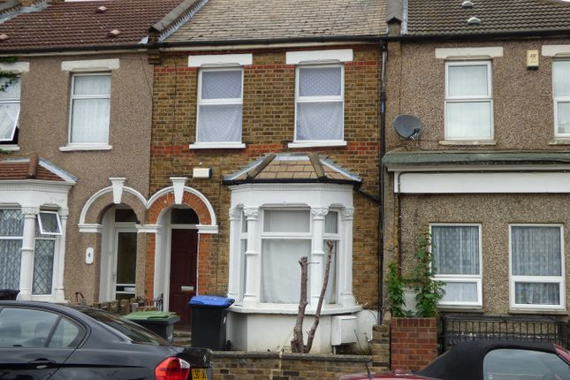 Thumbnail Terraced house for sale in Hendon Road, London