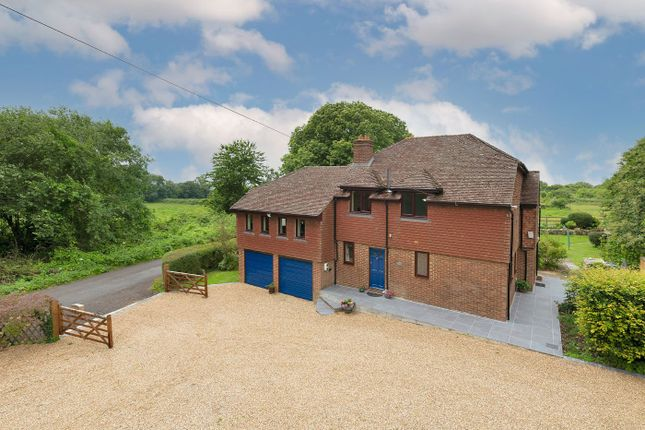 Thumbnail Detached house for sale in Malling Road, Teston, Maidstone