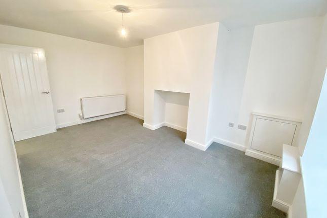 Thumbnail Flat to rent in Rochdale Road, Rochdale