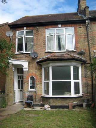 Thumbnail Maisonette to rent in George Lane, London