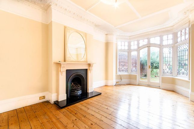 Thumbnail Property to rent in Fox Lane, Palmers Green