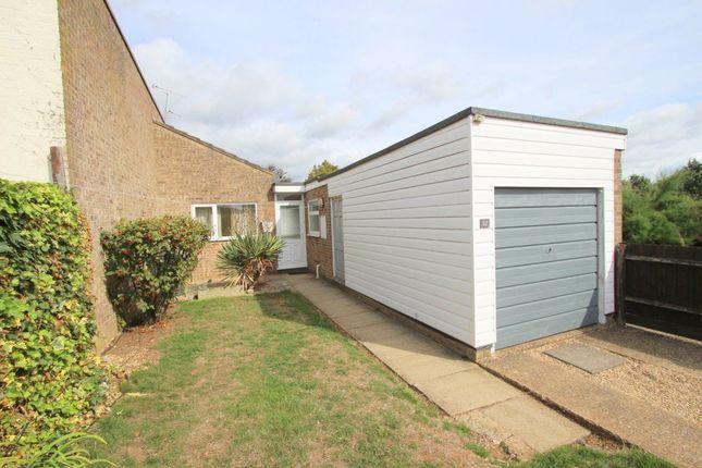 Thumbnail Bungalow to rent in Lincombe Slade, Leighton Buzzard